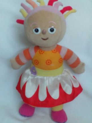 Adorable My 1st Talking & Singing 'Upsy Daisy' In the Night Garden Plush Toy